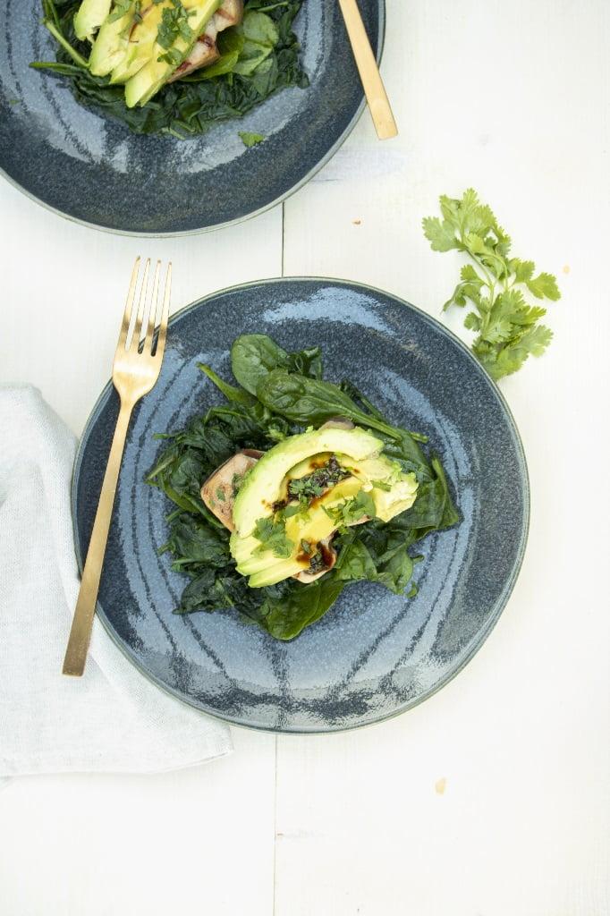 Tonijn recept met spinazie en avocado