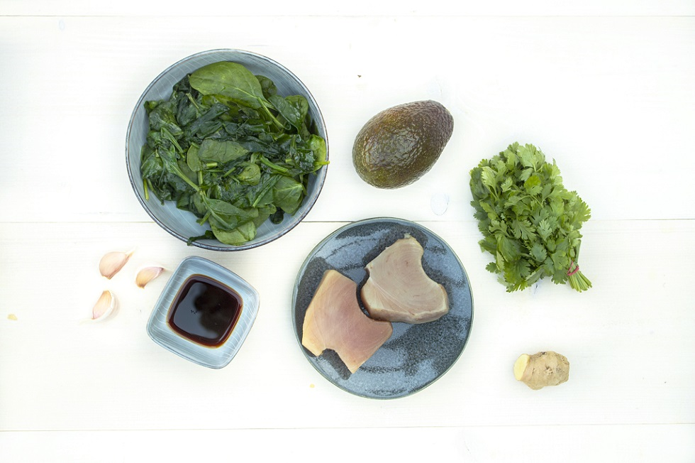 ingrediënten recept tonijn en avocado