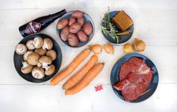 ingrediënten stoofpotje met aardappels
