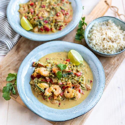 Slanke Thaise curry garnalen met kokos