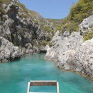 Blue caves naar Shipwreck Beach